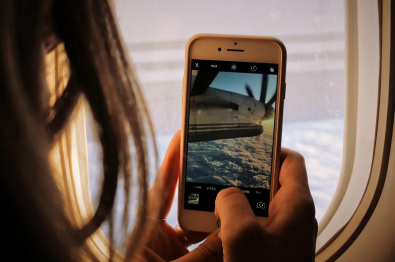 Foto móvil desde avión 800x531