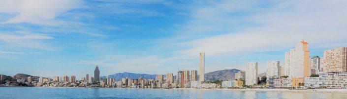Panorámica diurna del skyline de Benidorm, Comunitat Valenciana